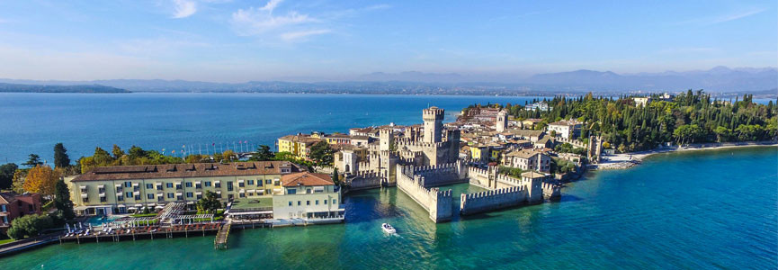 Visit Sirmione by boat from Peschiera (ON TUESDAY)