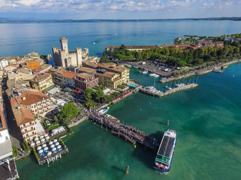 BOAT TRANSFER TO SIRMIONE CENTER (ONE WAY)