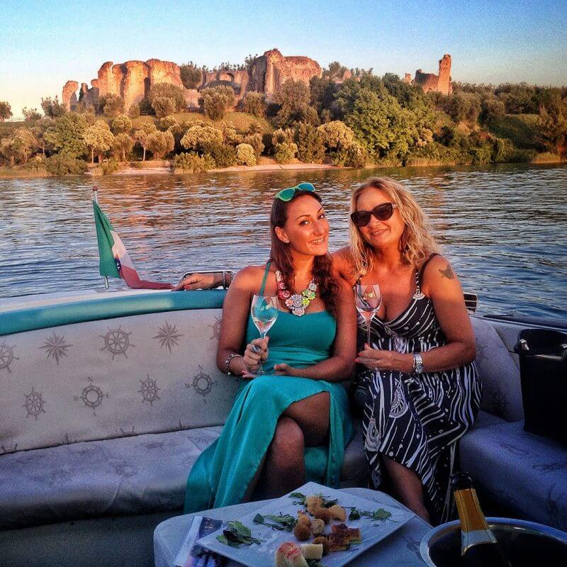Bar Tour - Party Boat from Sirmione