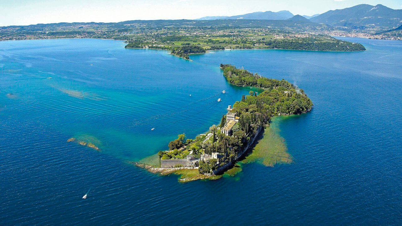Isola del Garda - from Bardolino ON SUNDAY
