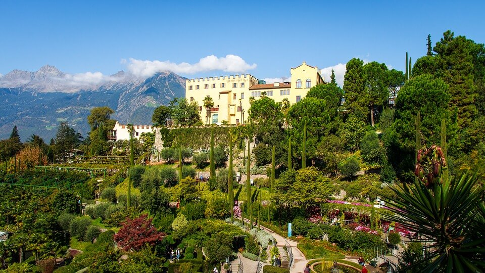 MERANO & TRAUTTMANSDORFF GARDENS - from NORTH coast