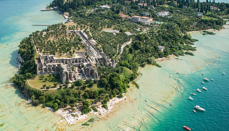 BOAT TRANSFER+TOUR TO SIRMIONE CENTER (ROUNDTRIP)
